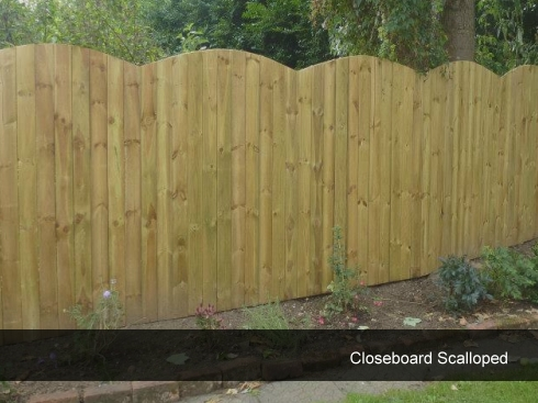 closeboard scalloped shaped fencing